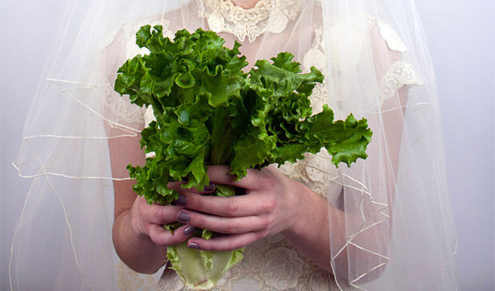 Are People Seriously Replacing Their Wedding Bouquets With Vegetables?