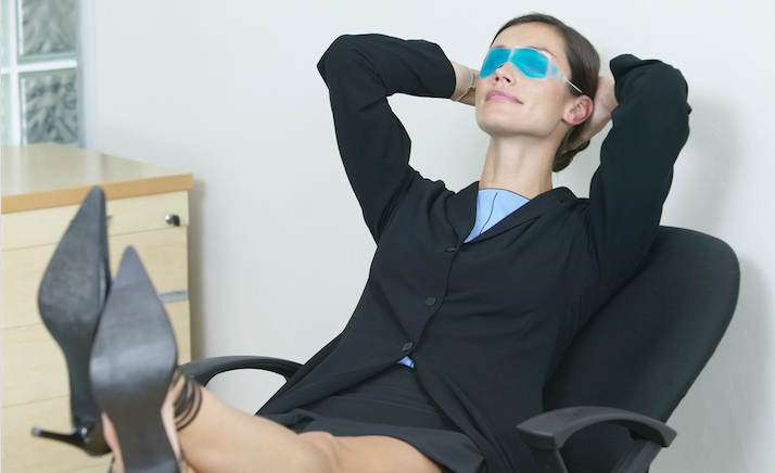 Owning This Reclining Office Chair Is A Good Way To Nap, Get Fired