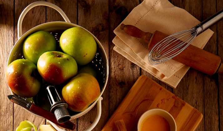 9 Easy Things To Make With All Of Those Apples You Picked