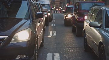 The 5 Worst Moves Pulled By Drivers During Your Commute