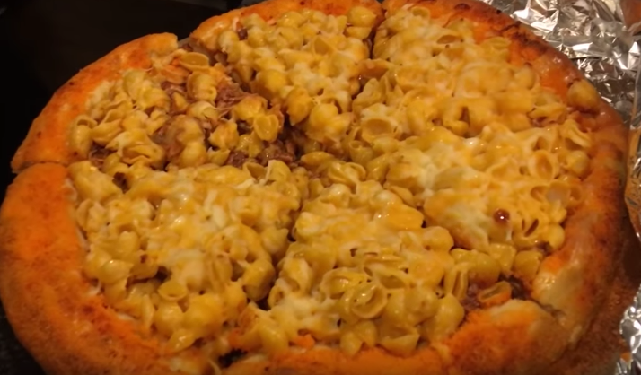 Mac And Cheetos Pizza Is The Drunk Food You Never Knew You Needed