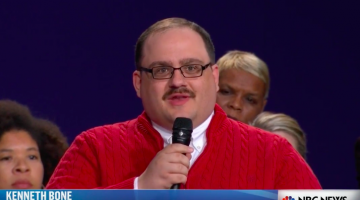 Courtney Stodden Is The First In An Undoubtedly Long Line Of Potential Suitors For Ken Bone