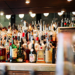 Realistic Rules To Follow At The Bar, From A Bartender