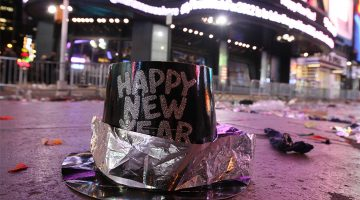 The Pros & Cons Of Spending New Year's Eve With Someone I Just Started Seeing