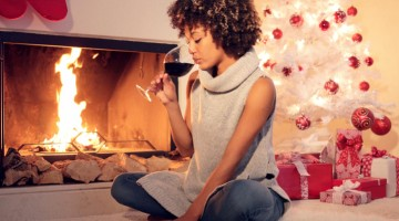 A Breakdown Of Being The Only Single Sibling On Christmas
