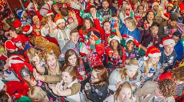Love, Heartbreak, And Everything Else That Goes Along With Chicago's Biggest Christmas Bar Crawl