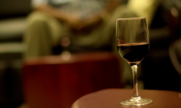 Don't Waste Your Life Drinking White Wine When Red Is Far Superior