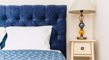 Owning A Headboard Is Pointless If You Rent An Apartment