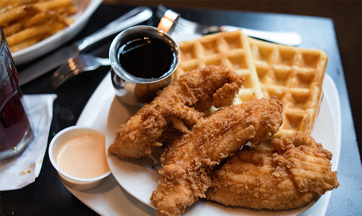 It's Time For Chicken and Waffles To Become A Mainstream Brunch Food